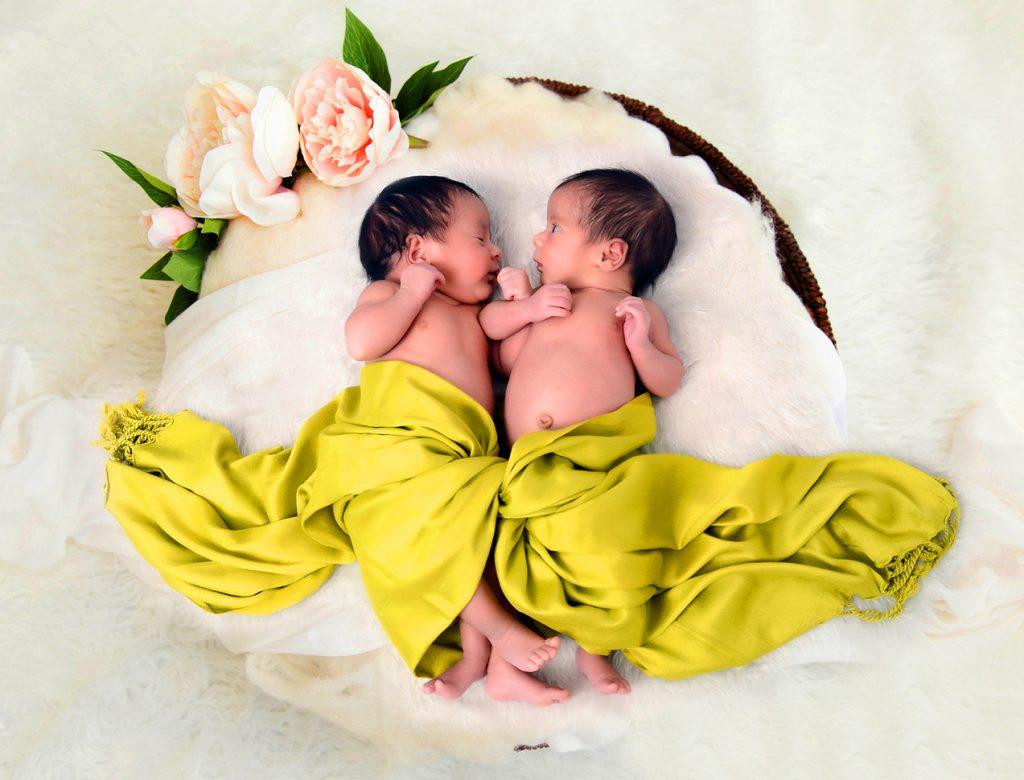 عکاسی کودک دو قلو