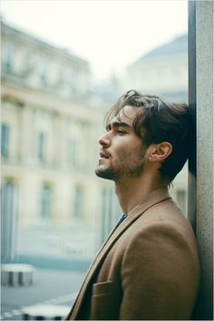 ژست عکاسی مردانه مدلینگ