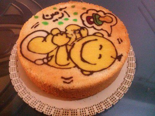 کیک خونگی ماهگرد نوزاد