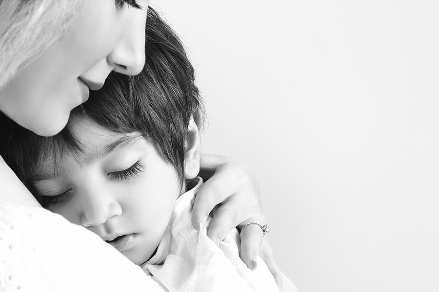 عکاسی مادر و کودک، آتلیه کودک و مادر