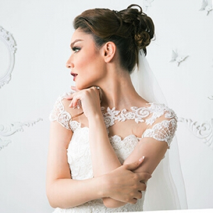 نمونه عکس آتلیه ای از عروس