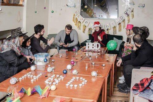 کافه دنگ - کافه برای تولد با اتاق تولد