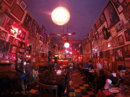 کافه گل رضاییه تهران کافه برای تولد